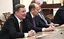 Перед началом оперативного совещания спостоянными членами Совета Безопасности.