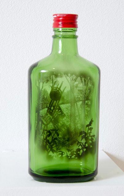 perierga.gr - Απίθανα σχέδια με καπνό στο εσωτερικό μπουκαλιών!