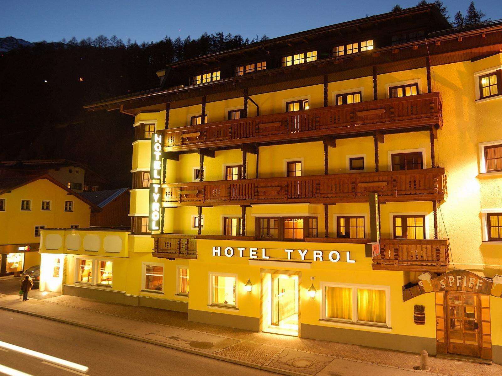 Hotel Tyrol Reviews