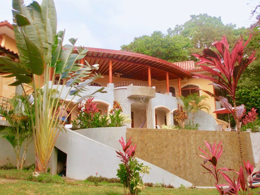 1 ACRE - 4 Bedroom Ocean View Home With Large Pool And Distant Ocean View!!! - Costa Rica Real Estate