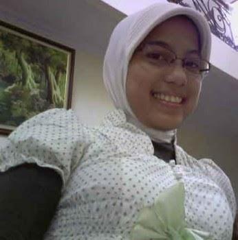 Image Result For Jilbab Hitam Toge Montok