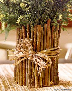 upcycling twig vase2 Upcycling: Coffee Can Twig Flower Vase