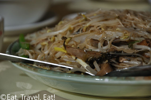 Shredded Duck and Preserved Vegetable Rice Noodles