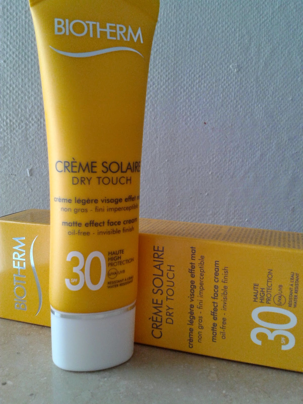 Al Sole Con La Crème Solaire Dry Touch Di Biotherm Wordpress