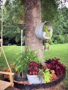 Eu corri para fora do espaço neste círculo árvore - assim MWHP (Meu Marido maravilhoso Phil) teve a idéia de mover o tanque up - forma-se sobre a própria árvore!