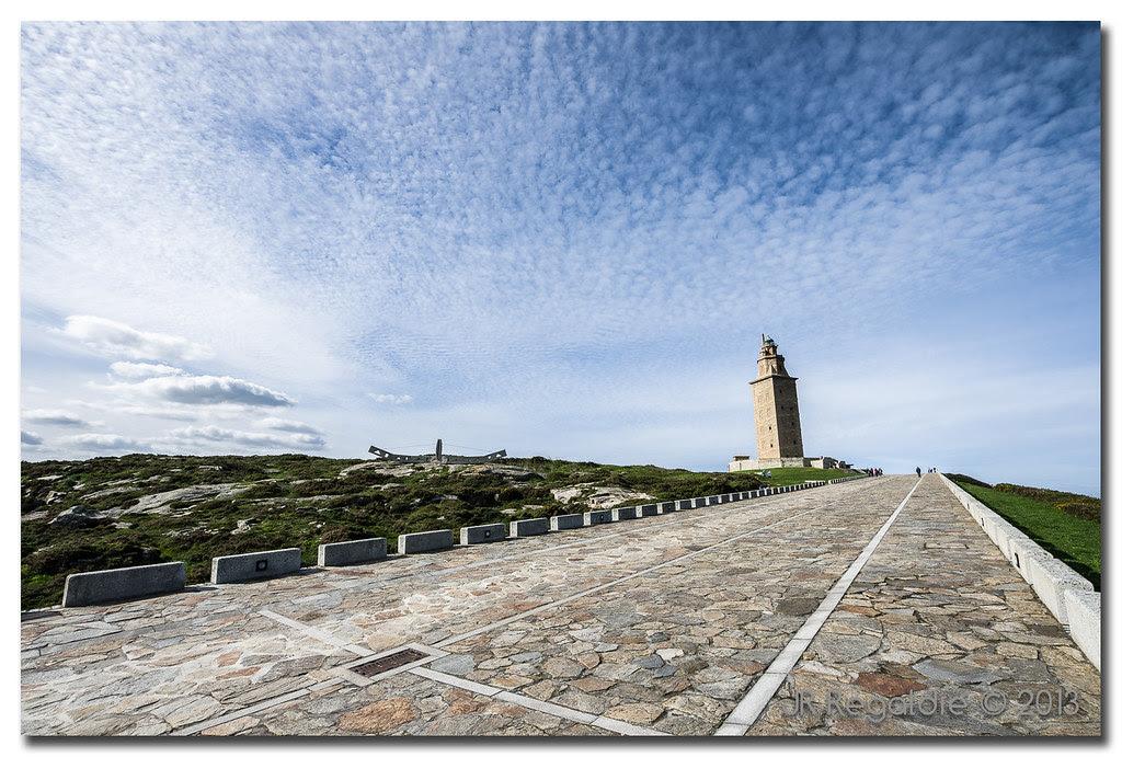 Torre y cielo