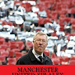 Manchester United: Sir Alex Ferguson Years: Re-Live The Rollercoaster: : Andrew Hyslop: 9781539009382: Books