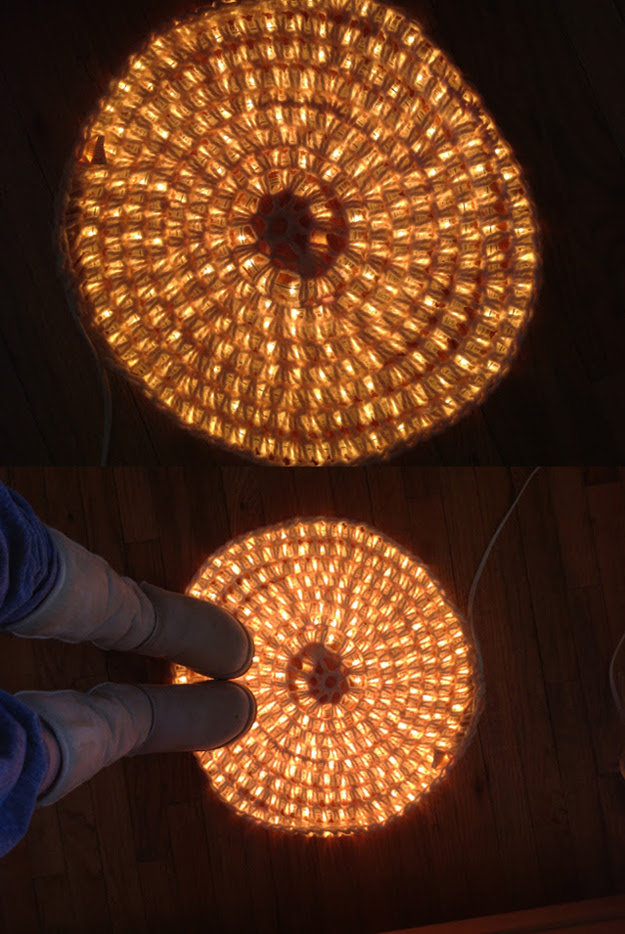 AD-Amazingly-Pretty-Ways-To-Use-String-Lights-20