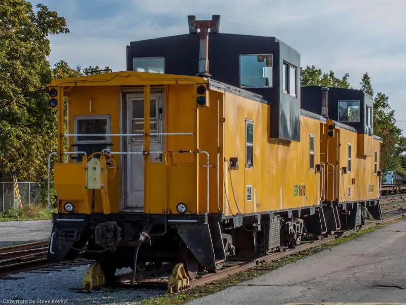 Essex Terminal Railway caboose 1610