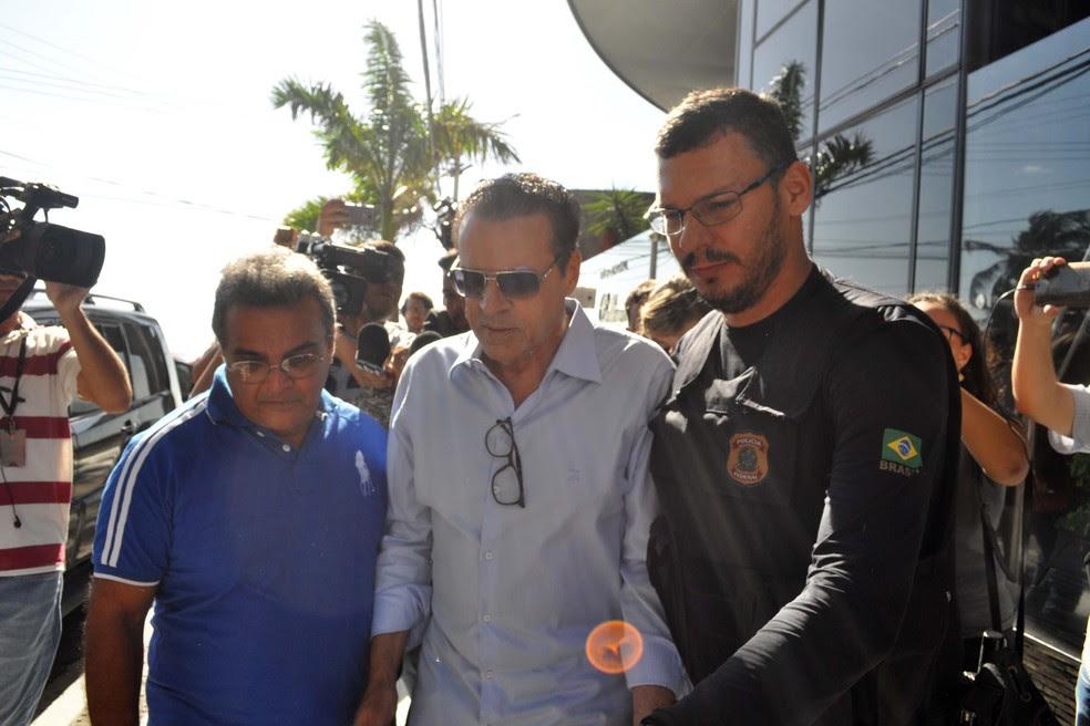 Ex-ministro do Turismo, Henrique Eduardo Alves foi preso na terça-feira (6) no apartamento onde mora, no bairro de Areia Preta, Zona Leste de Natal, durante operação da Polícia Federal (Foto: Frankie Marcone/Futura Press/Estadão Conteúdo)