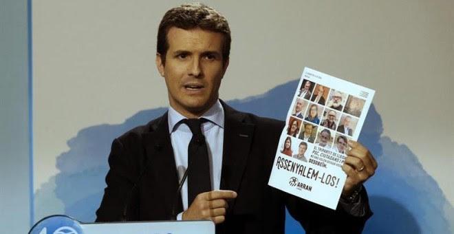 El vicesecretario de Comunicación del Partido Popular, Pablo Casado, durante la rueda de prensa que ha ofrecido hoy. /EFE