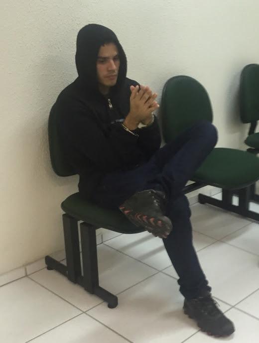 O suspeito foi preso em casa, no Bairro Antônio Bezerra (FOTO: Reprodução/Whatsapp)