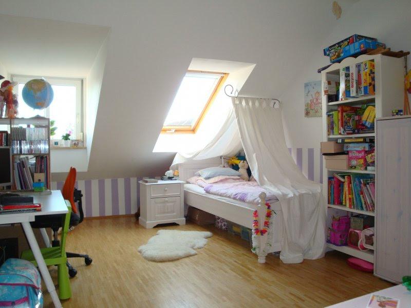 Dachschr\u00e4ge Kinderzimmer Einrichten ~ Haus Design, M ...