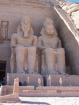 AbuSimbelTempleEgypt RamsisRight 2007jan9-40 byDanielCsorfoly
