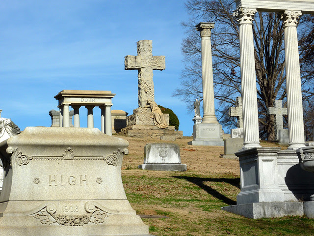 P1050052-2012-02-25--Airport-Drive-West-End--Westview-Cemetery-Atlanta