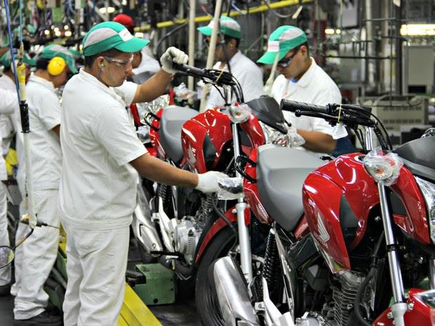 Honda aposta em inovação e lançamento modelos novos para não perder mercado já em queda (Foto: Adneison Severiano/G1 AM)