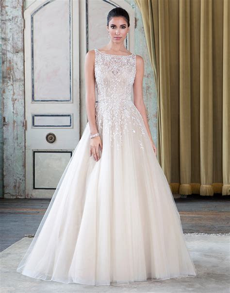 Wedding Dresses Bridal Shop Manchester   Fairytale Brides