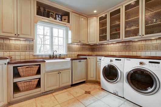 Maximizing Your Laundry & Mudroom Spaces
