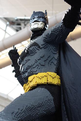 19 batman flying