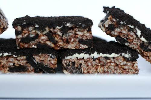 Cookies and Cream Rice Krispie Treats - Everyday Annie