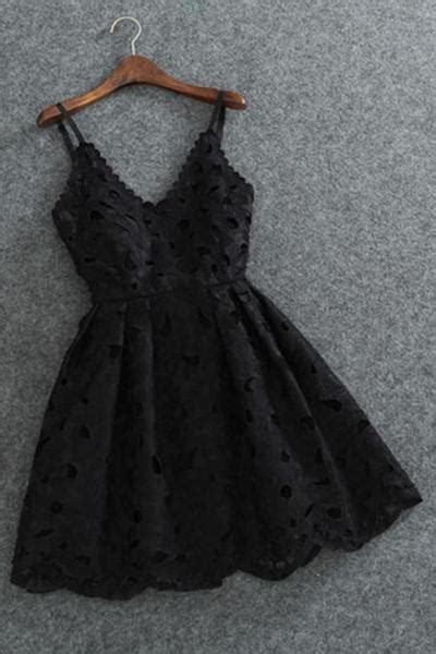 Cute Spaghetti Straps V Neck Black Lace Short Homecoming