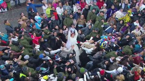 5 of the Best Flash Mobs Ever!   Goodnet