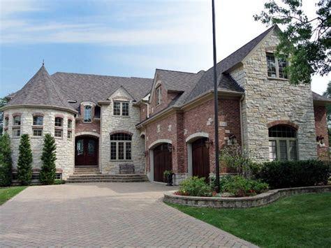 Chicago   Girls Get Aways   Lake house rentals, Mansions