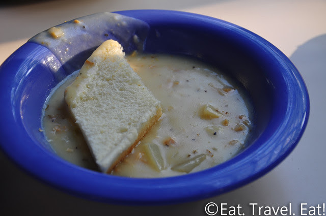 UC Irvine Pippin Commons- Irvine, CA: Cream of Potato with Clams (Clam Chowder)