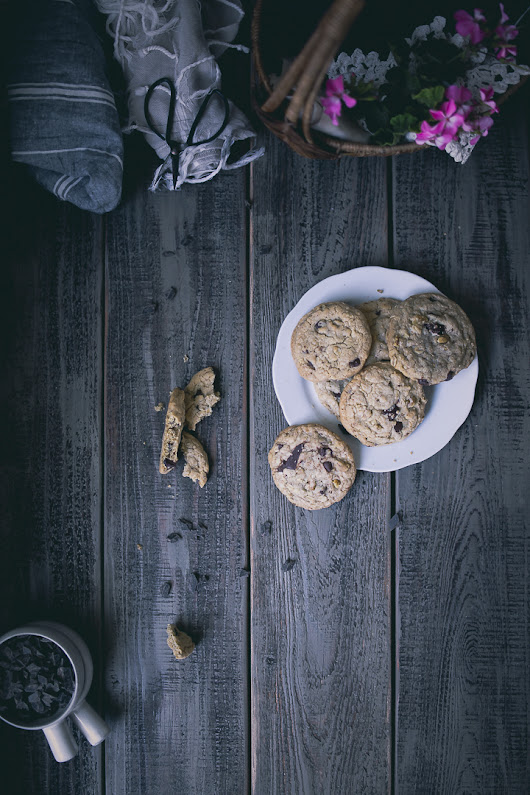 Doubletree Hilton Style Chocolate Chip Cookies Recipe {A Re-Make with Trial and Error}