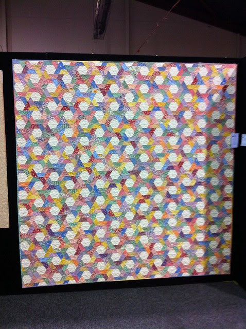 Twisted Hexagons at the Canberra Quilters Exhibition