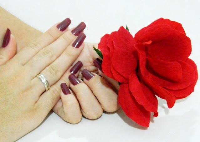 juliana leite unhas da semana nail art decoradas esmalte escuro3