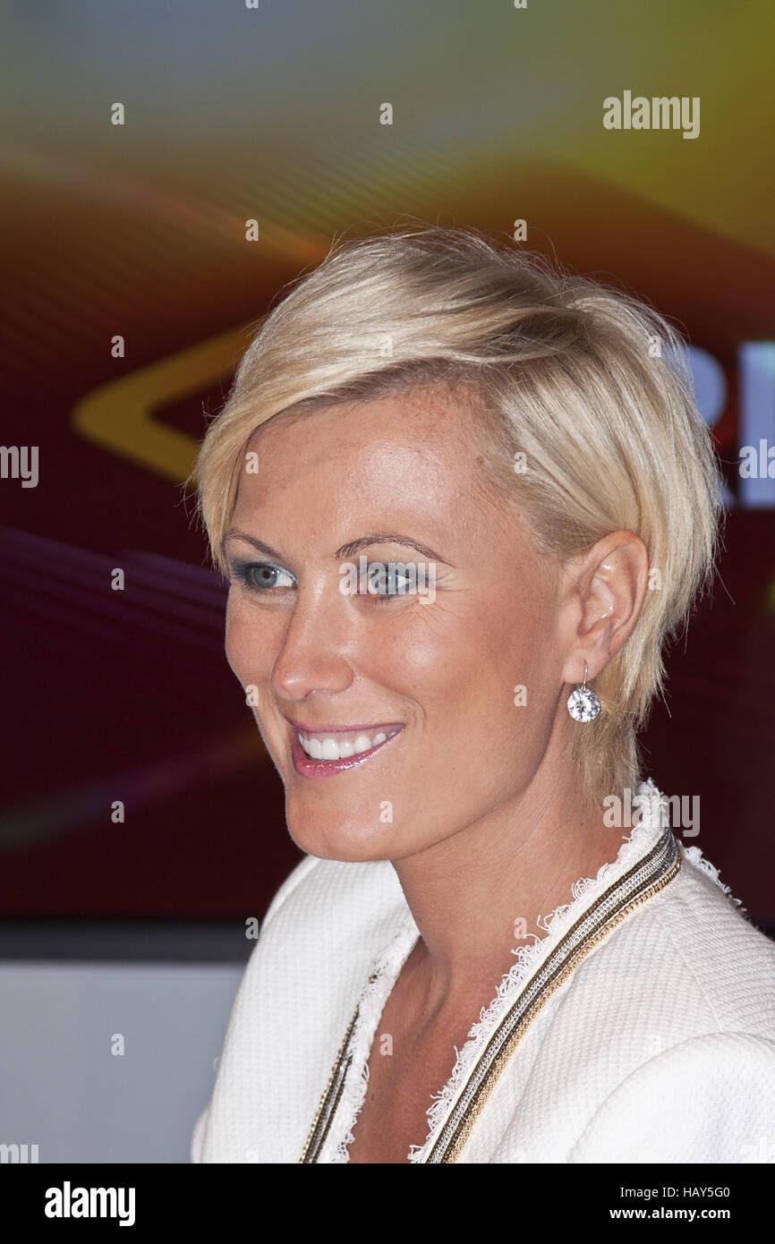 10 Kamilla Senjo Neue Frisur Finden Sie Die Beste Frisur
