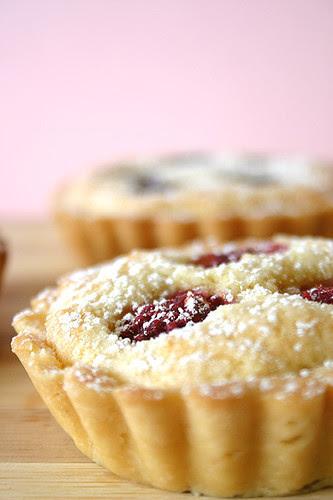 Almond Berry Tart