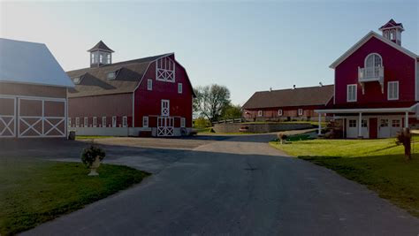 barns   glory st charles mn rustic wedding guide