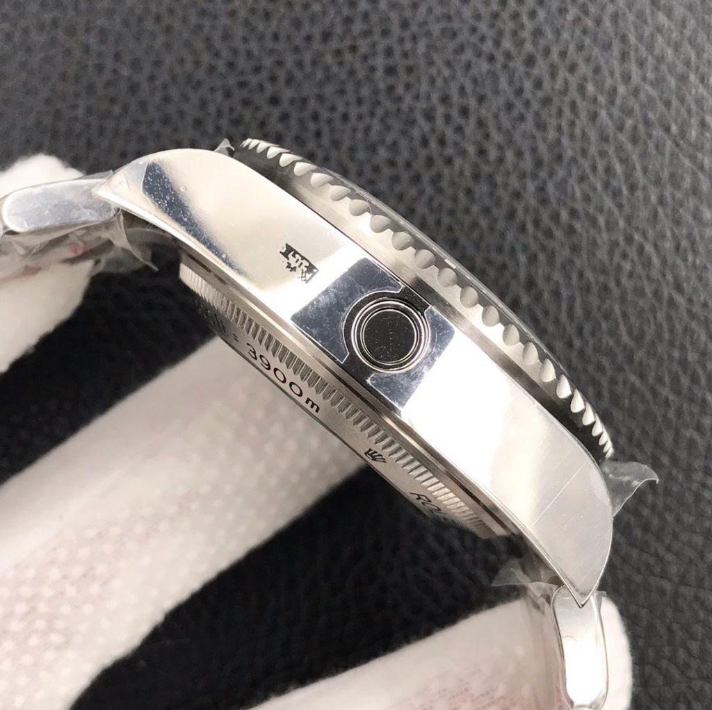 Rolex DEEPSEA 116660 Case