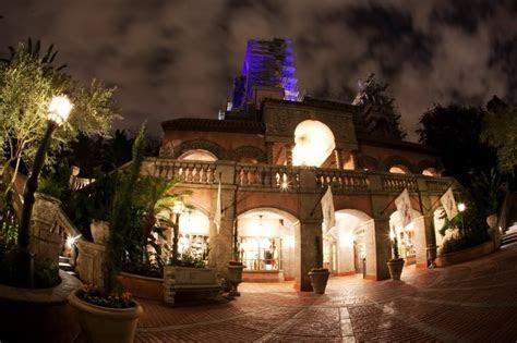 Tower of Terror Courtyard ? Disney's Hollywood Studios