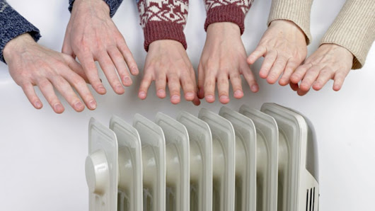 14 low-tech ways to keep your house warm over the winter - BBC News