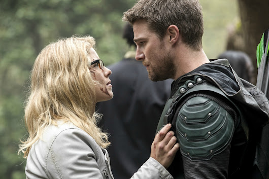 Arrow season 5 finale ended with major deaths: Is this the end of Oliver and Felicity's romance?