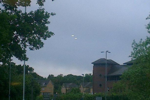 UFO, hiện nguyên hình, Anh, hình ảnh, vật thể bay không xác định