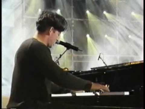 Harry Connick Jr & French Rhythm Accents - YouTube