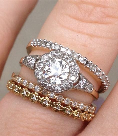 Eclectic stack of vintage rings// mismatched antique