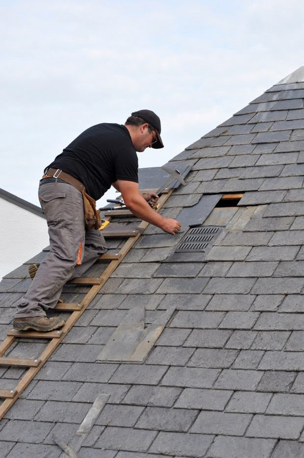 6 Key Roof Repair Safety Tips