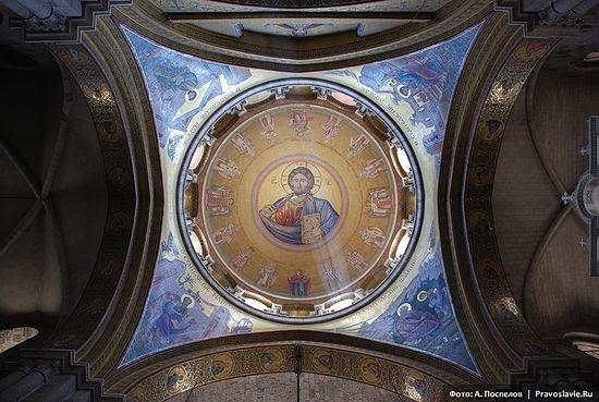 In the Church of the Resurrection, Jerusalem. Photo: Anton Pospelov/Pravoslavie.ru