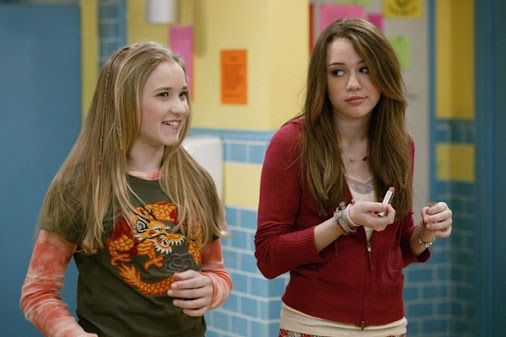 "28 ""Hannah Montana"" Secrets You Never Knew http://www.shenhuifu.org/2018/03/10/behind-the-scenes-secrets..."