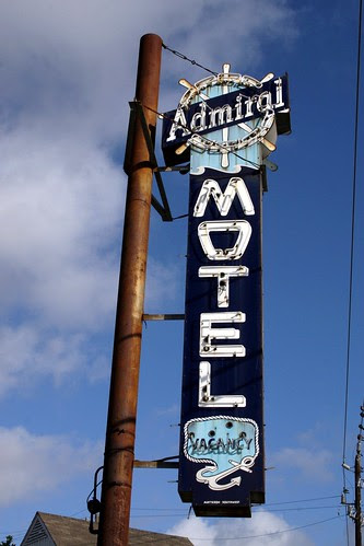 admiral motel neon sign
