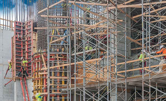 In-Demand Construction Craft Workers Gain Signing Bonuses