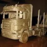 Incrível: Réplicas de veículos industriais feitos com palitos de fósforo
