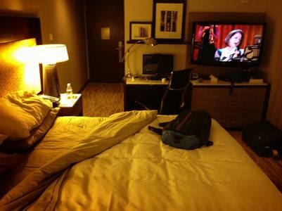 Habitación. La discusión con los hoteles  es si debe considerarse a la pieza como un lugar público o privado.