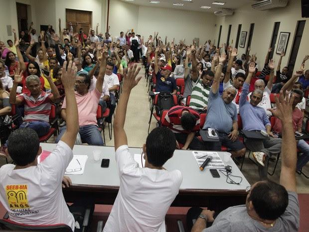 Em assembleia, bancários decidiram pelo fim da greve (Foto: De Jesus / O Estado)