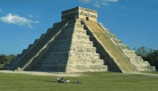Πυραμίδα Μάγια